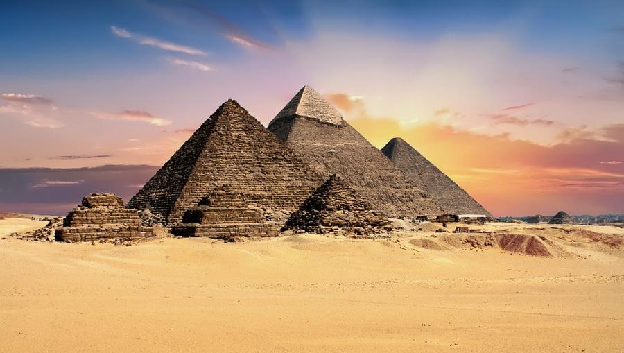 С 1 июня Египет вводит электронные визы для туристов, въезжающих в страну