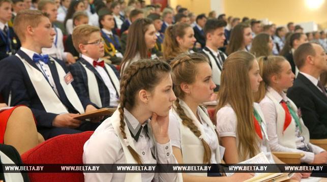 Барановичские школьники встретились с президентом