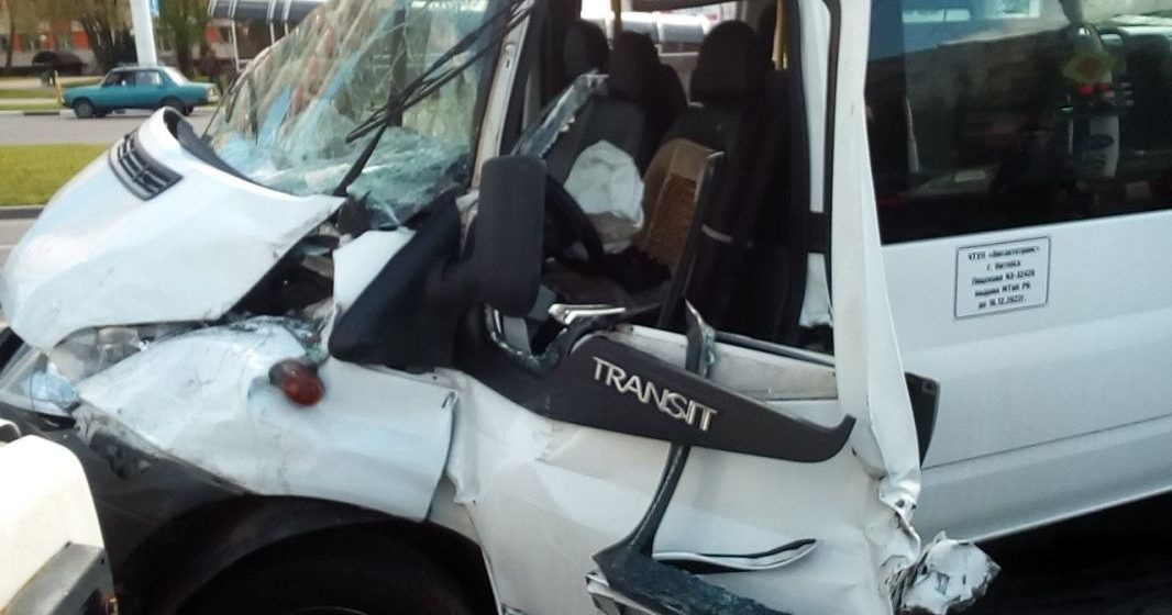 В Витебске маршрутка с пассажирами попала в аварию