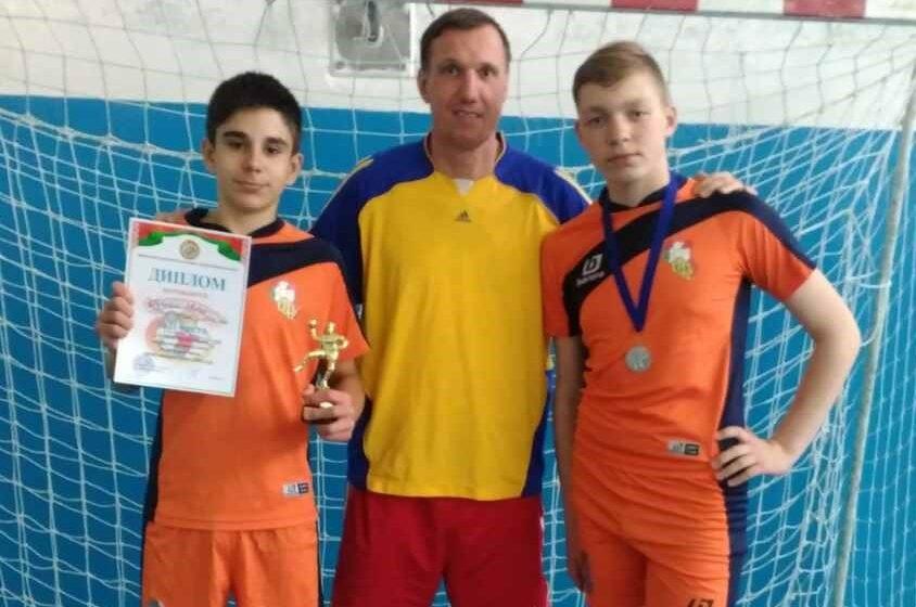 Барановичские юноши завоевали серебро гандбольного турнира «Стремительный мяч»