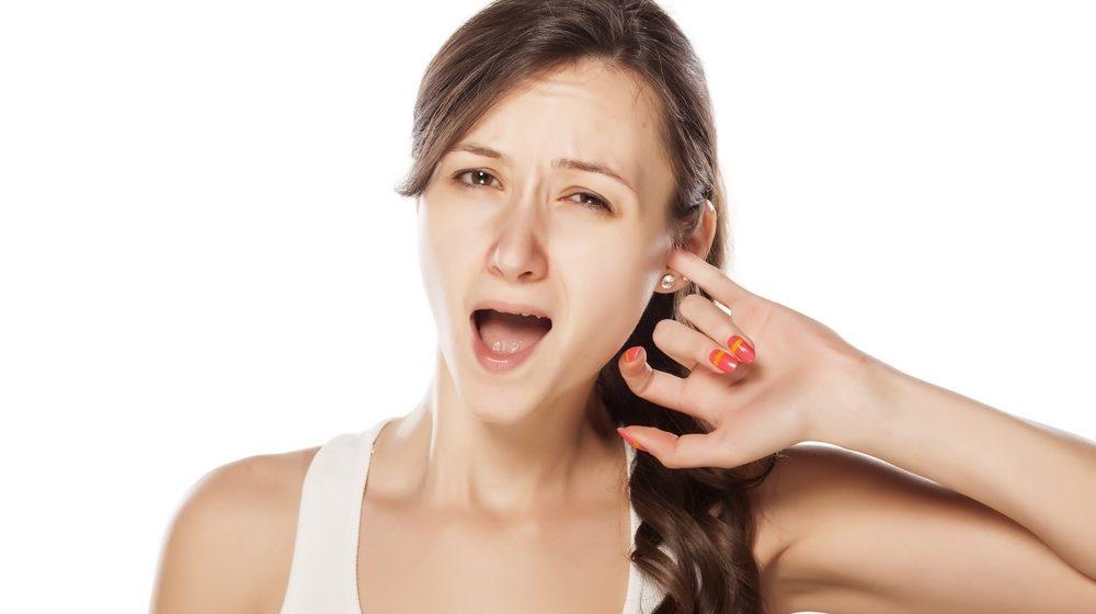 Откуда берется сера в ушах и как от нее избавиться?