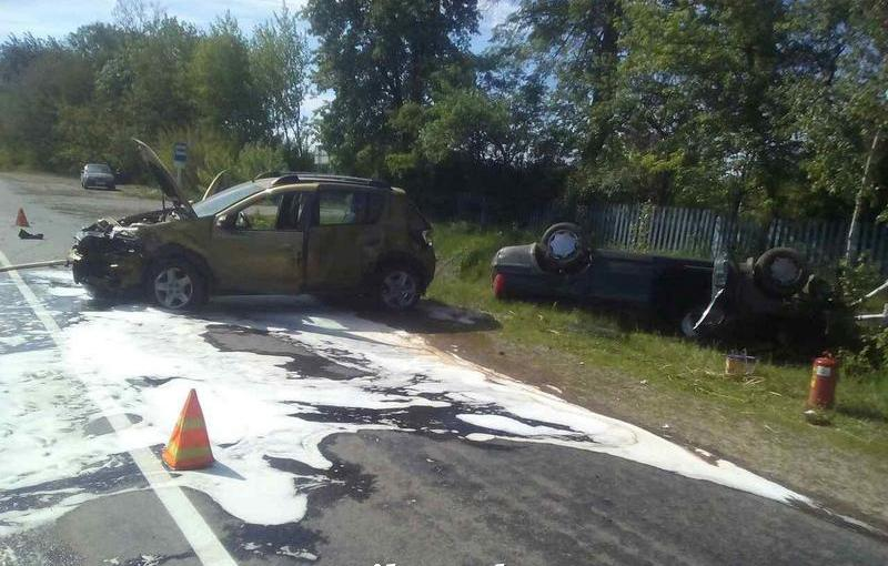 В Дрогичинском районе столкнулись «Рено» и «Фольксваген» – пострадали два человека