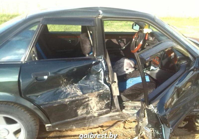 Житель Барановичского района спровоцировал ДТП в Березе, пострадала жена-пассажир