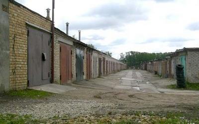 Почти 70% гаражей в Барановичах вошли в кооперативы. В остальных отключили свет.