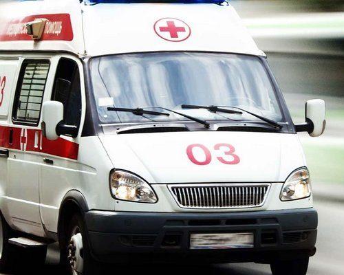 В Мозыре мотоциклист столкнулся с машиной, потом врезался в дерево и погиб