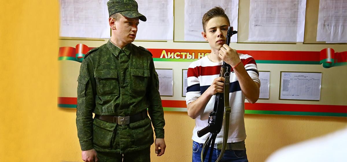 В 120-й зенитной ракетной бригаде прошла экскурсия для подростков