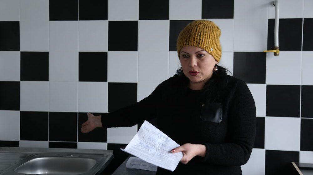 Жительница Барановичей, в пустующей квартире которой счетчики накрутили почти 80 кубов воды, не может добиться перерасчета