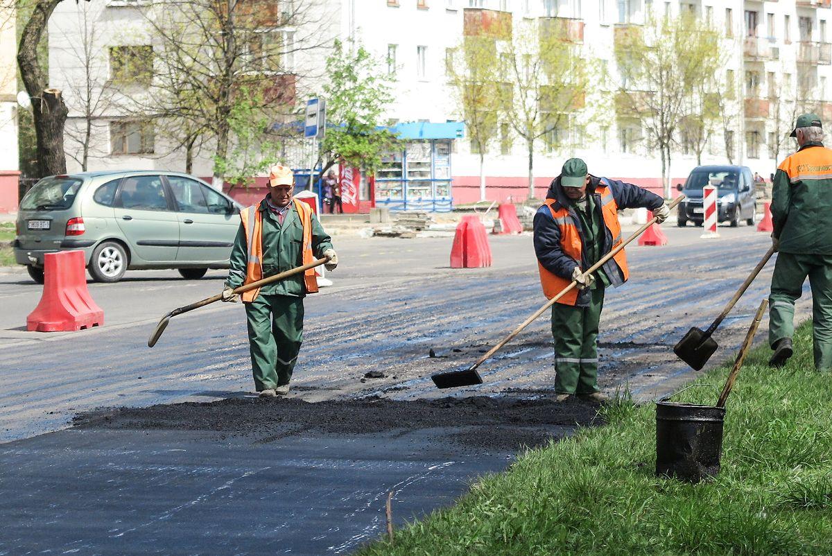 Ремонтные работы на улице Брестской, 3 мая.