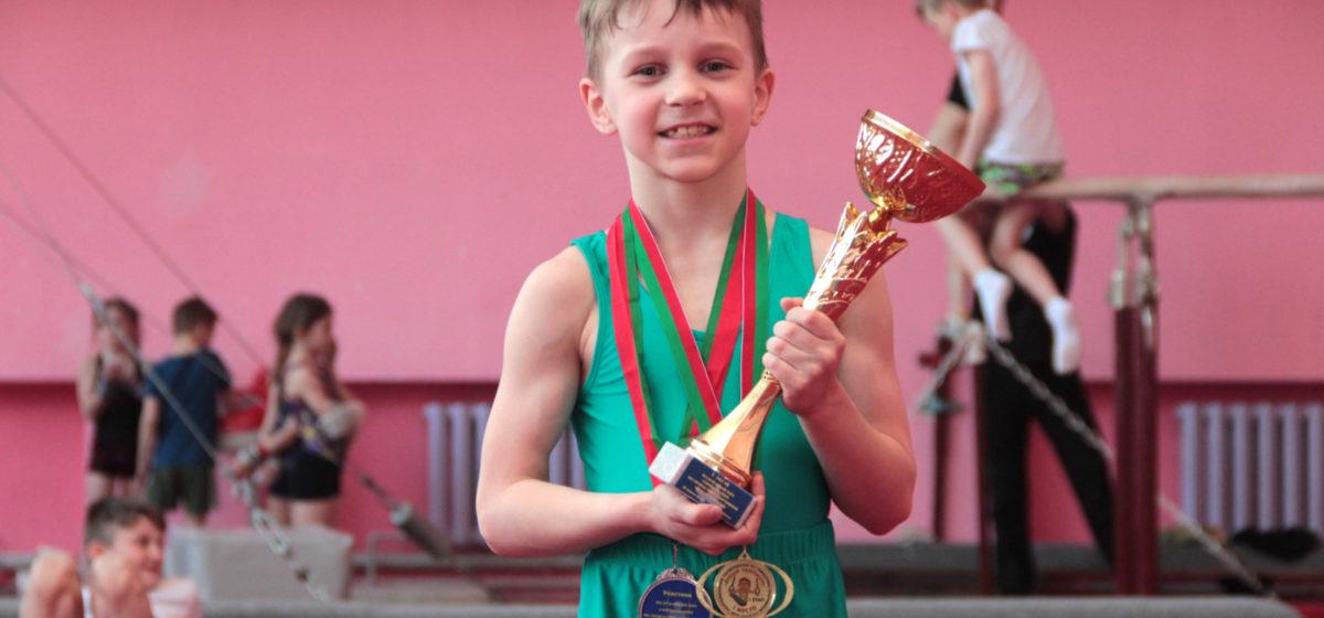 Барановичские гимнасты отличились на республиканском и областном турнирах