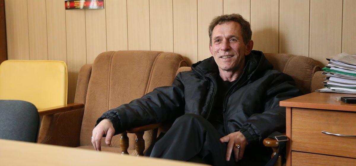 Начальника Барановичской спасательной станции ОСВОД наградили брестские депутаты