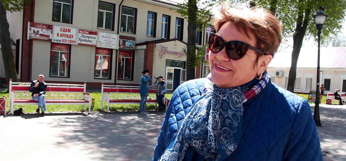 Видеоопрос: На каких предприятиях в Барановичах работать хорошо?