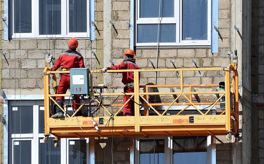 В Минске погиб рабочий, выпав из люльки с высоты пятого этажа