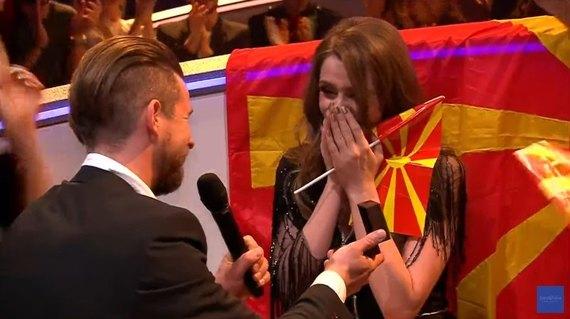 Участнице «Евровидения» от Македонии в прямом эфире конкурса сделали предложение (видео)