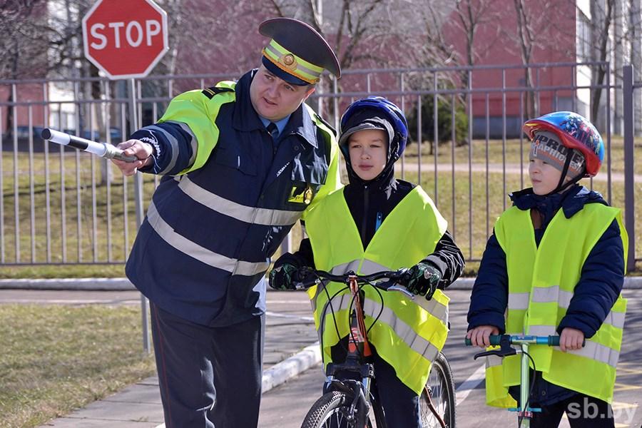 На территории Гродненской области в текущем году уже зарегистрировано пять дорожно-транспортных происшествий, в которых пострадали несовершеннолетние
