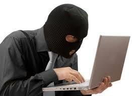 У жительницы Барановичей мошенник заразил вирусом компьютер и требовал деньги для разблокировки