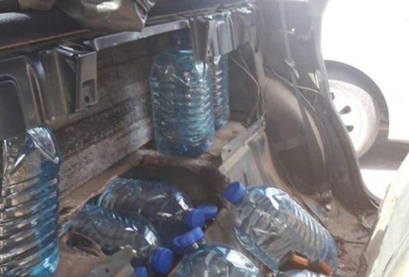 В Барановичах в салонах автомобилей «Ниссан» и «Ауди» обнаружили 270 литров спирта
