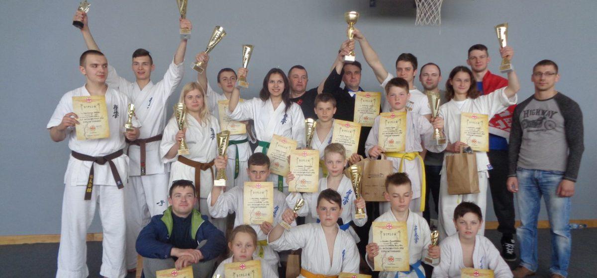Каратистки барановичского клуба «Широй-тора» одержали победу на международном турнире (видео финалов)