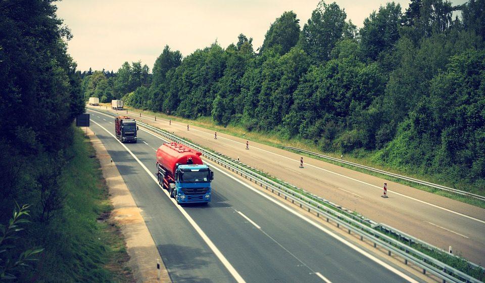 В Беларуси с 23 мая начинает действовать летнее ограничение движения для тяжелых автомобилей