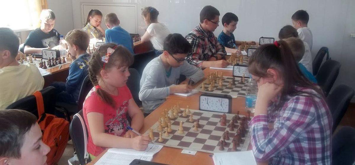 Барановичские шахматистки заняли призовые места на турнире в Пинске