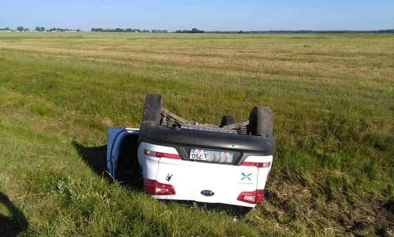 Под Березой водитель уснул за рулем, съехал в кювет и перевернулся