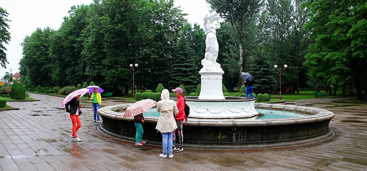В Барановичах из-за дождя фестиваль красок переносится на другое время