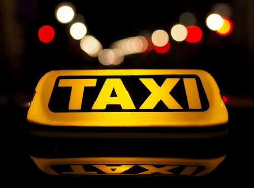 Задержали владельца минской службы такси «Алмаз» — он подозревается в неуплате налогов на сумму 1,4 млн рублей