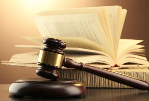 В Барановичах осудили мужчину, который в церкви пытался избить батюшку