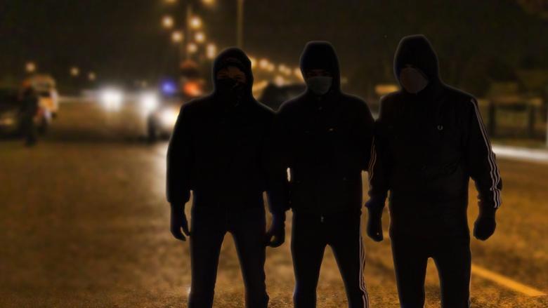 В Бобруйске хулиганы разбили милицейский автомобиль