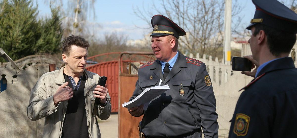 Черноуса не будут наказывать за неповиновение милиционерам при проведении в его доме осмотра