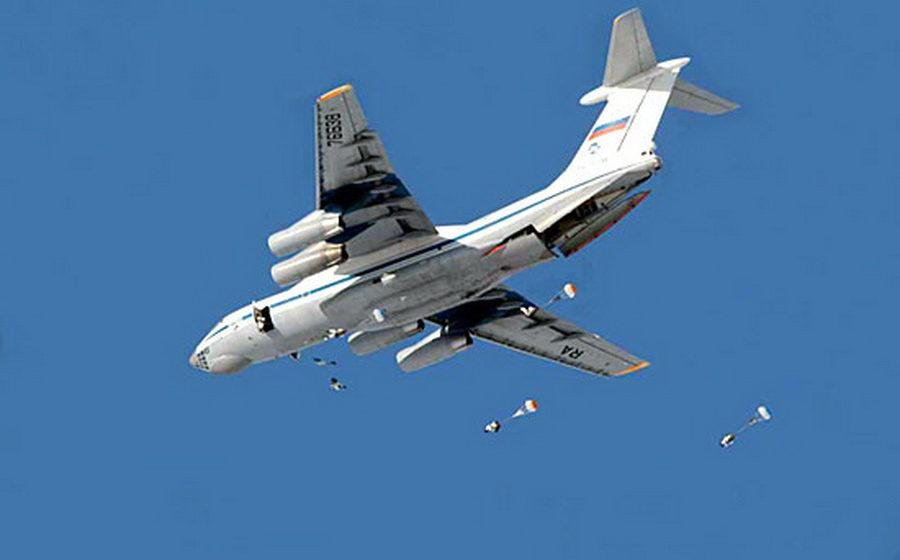 На аэродром в Барановичах для участия в учениях прибыли шесть российских самолетов Ил-76МД