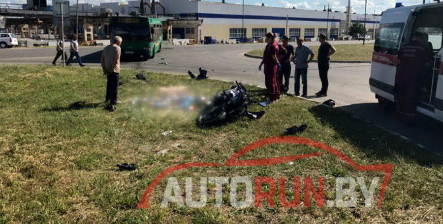 Три человека погибли в двух ДТП с участием мотоциклистов в Минской области