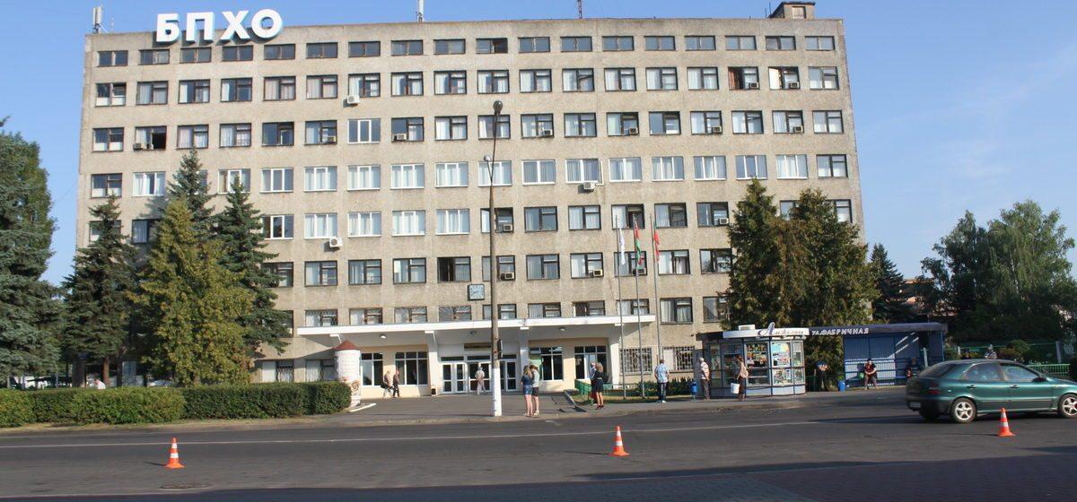 Мясникович посетил БПХО: «Городские власти должны помочь в обеспечении предприятия швеями»