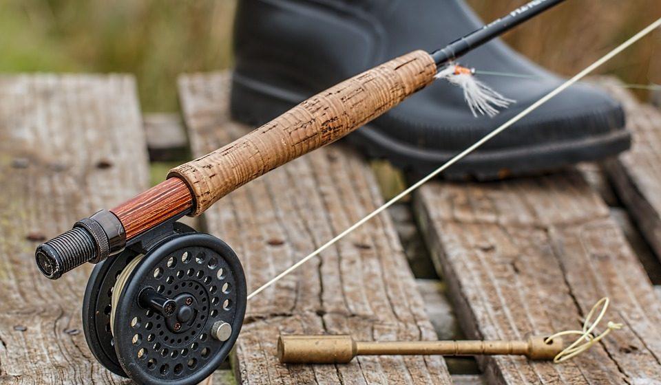 В Березе подростка ударило током во время рыбалки — ребенок в реанимации