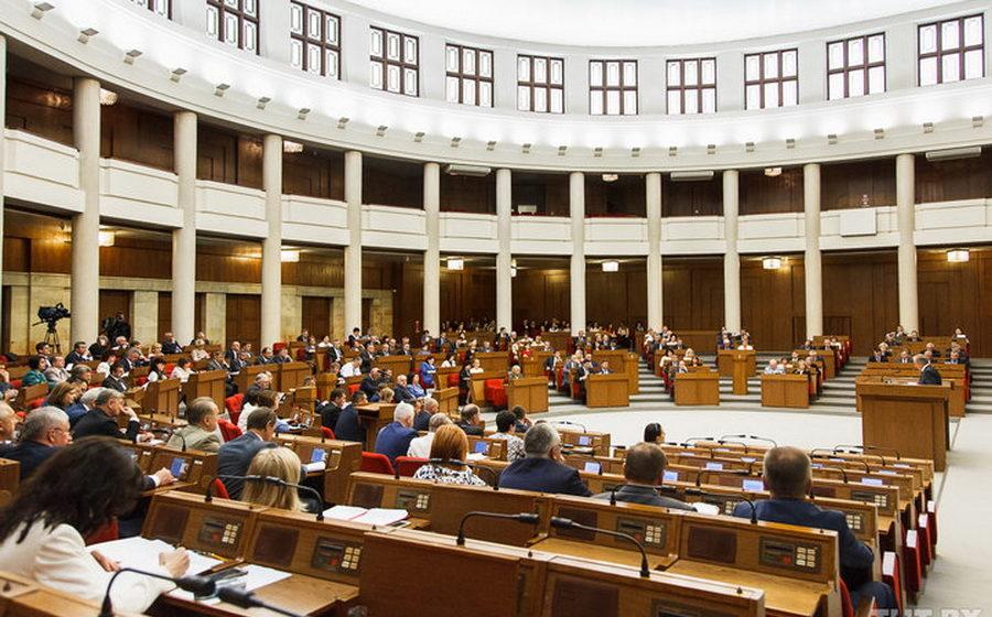 Депутат из Барановичей раскритиковала правительство и предложила оставлять 70% поступлений от дорожного сбора в местных бюджетах