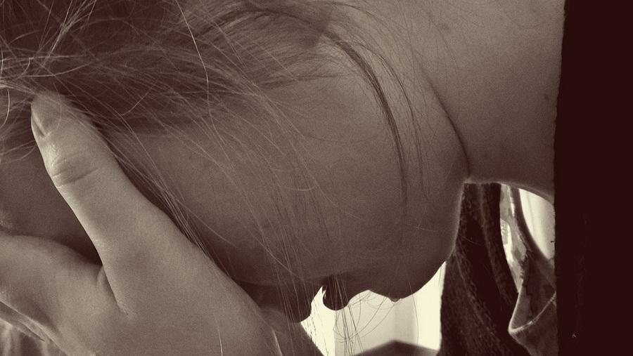 В Гродно мужчина изнасиловал несовершеннолетнюю девочку в подвале