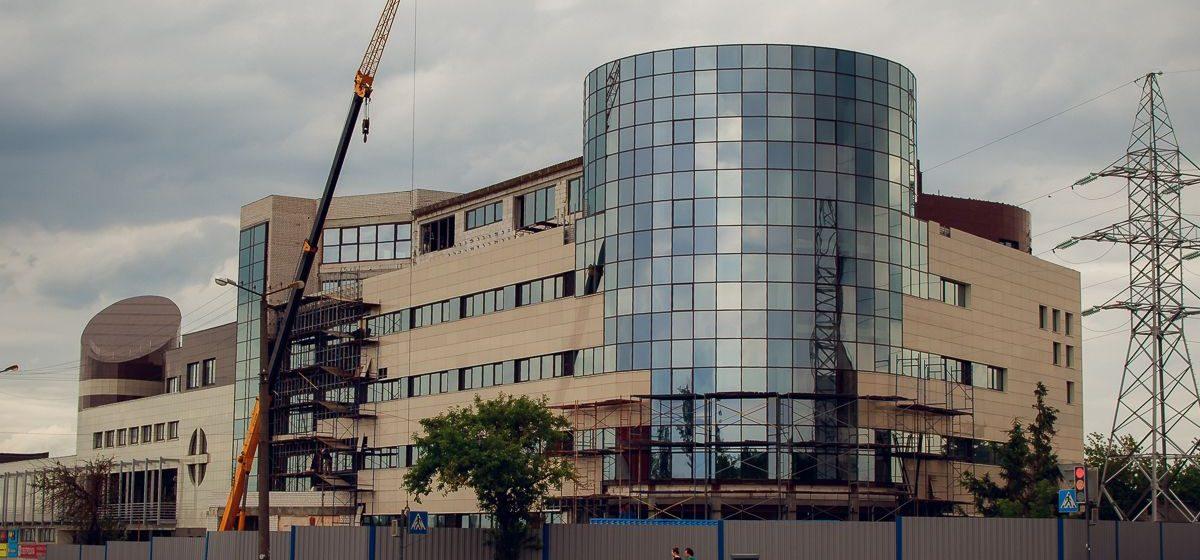 Обзорная площадка, эскалаторы и стеклянные лифты – каким будет ТЦ «Светиловский» после реконструкции