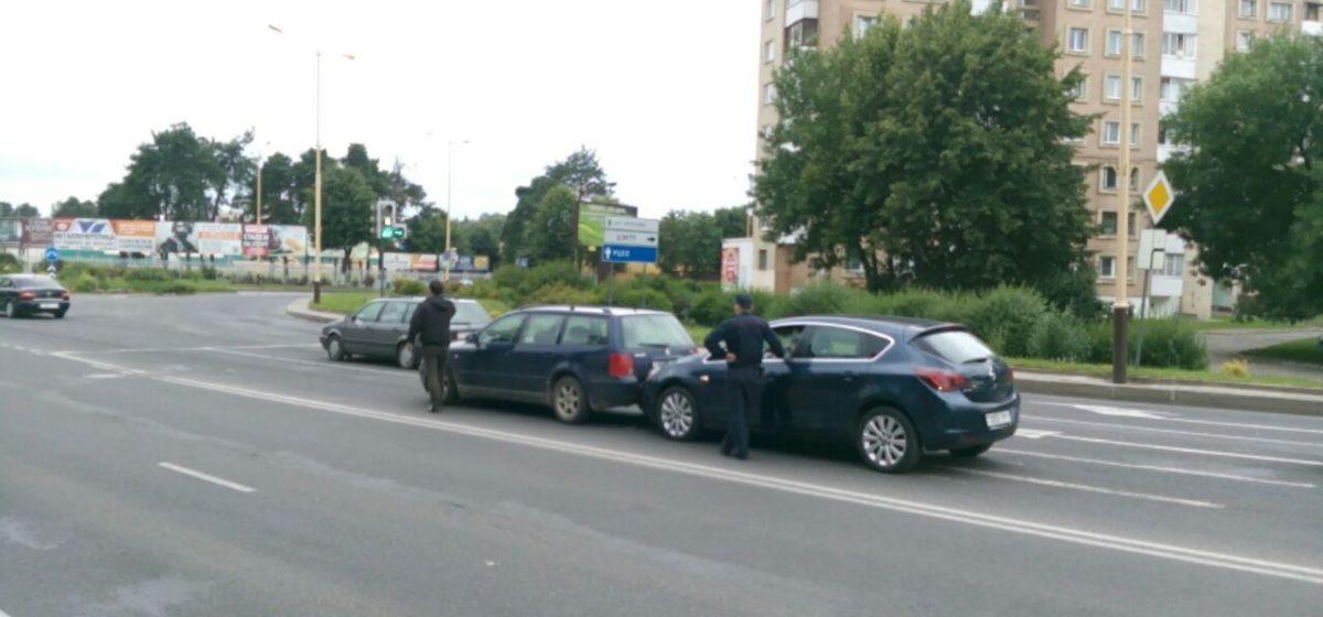 В Барановичах на путепроводе произошла авария