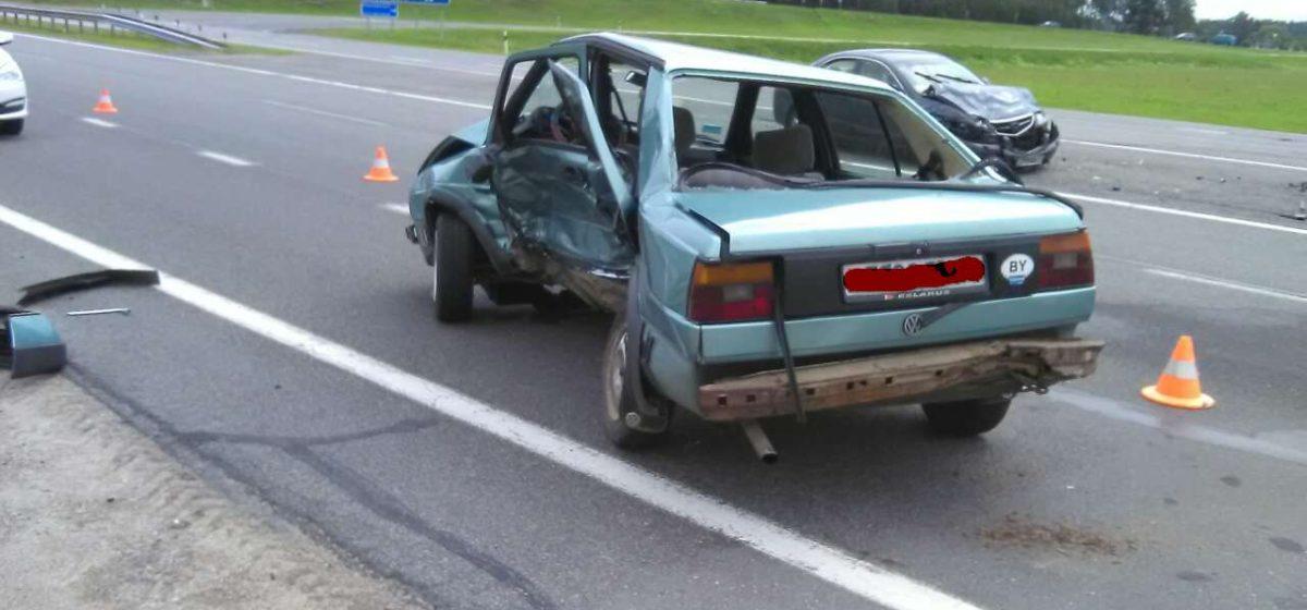 В аварии под Барановичами пострадала женщина-водитель