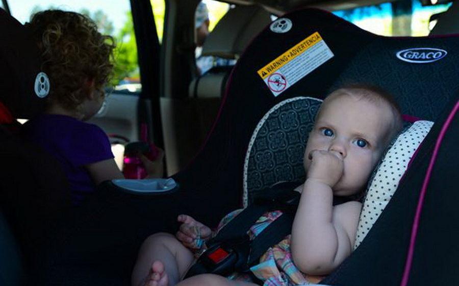 В России с 12 июля начинают действовать новые правила перевозки детей