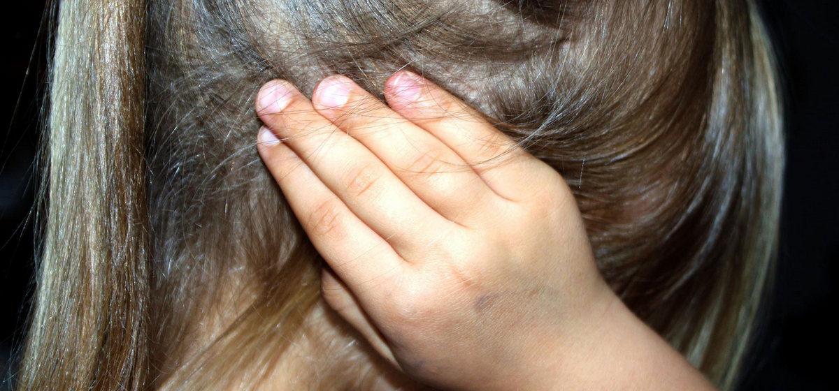 В Лунинецком районе 56-летнего «друга семьи» за изнасилование девочки-инвалида осудили на 8 лет
