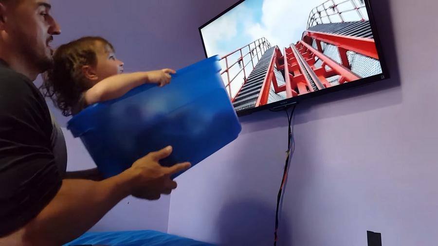 Американец для дочери придумал собственную версию виртуальных американских горок (видео)