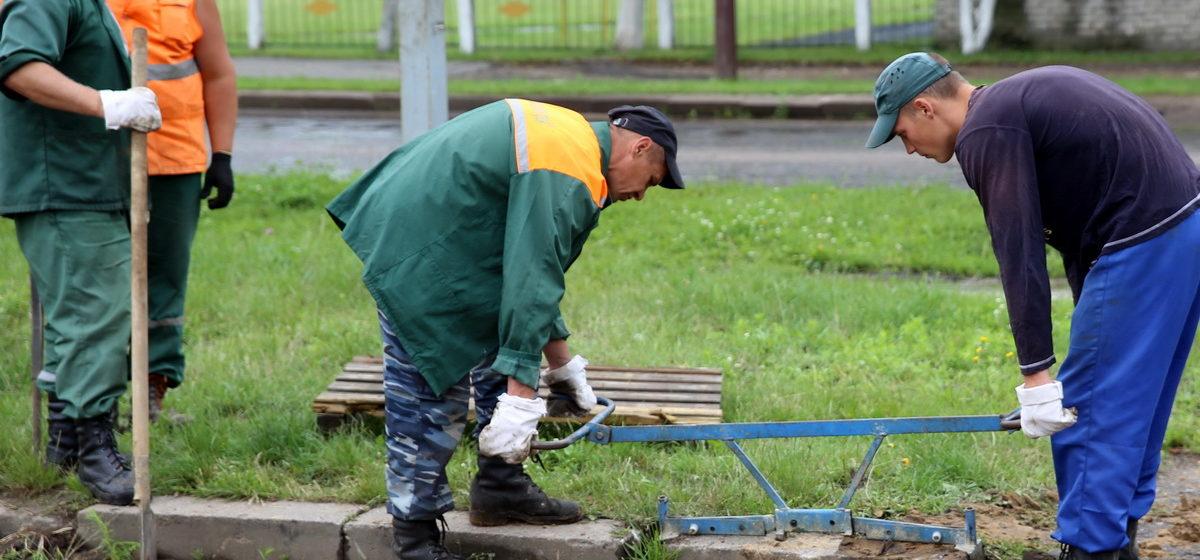 В Беларуси не хватает больше 94 тысяч работников. Кадровые проблемы пытаются закрыть иностранцами