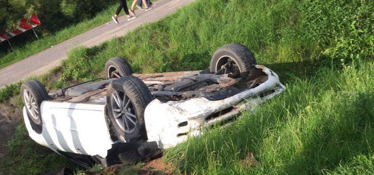 Фотофакт: в Ляховичском районе перевернулся автомобиль «Додж»