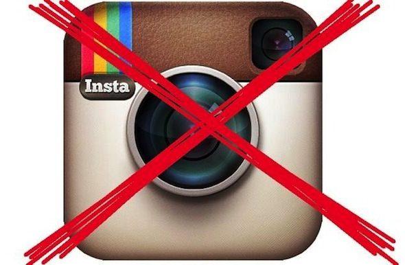 Автор первого в истории селфи с Лукашенко удалила снимок и закрыла свой аккаунт в Instagram