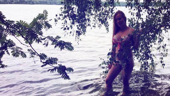 Барановичи в Instagram: девушки в купальниках