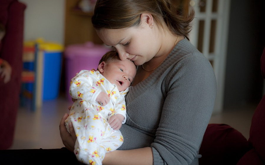 В Беларуси с 1 августа увеличат пособия на детей до трех лет