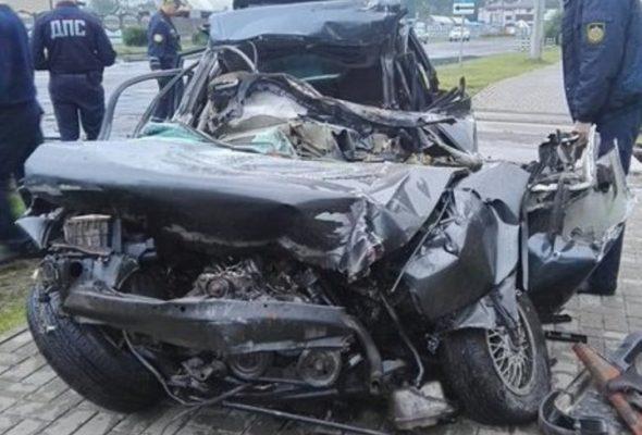В Бобруйске «Ауди-80» въехала в грузовой поезд – погиб водитель авто