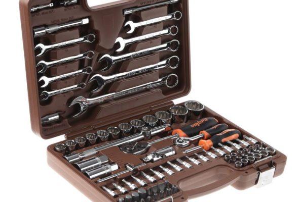 Качественный набор инструментов для дома