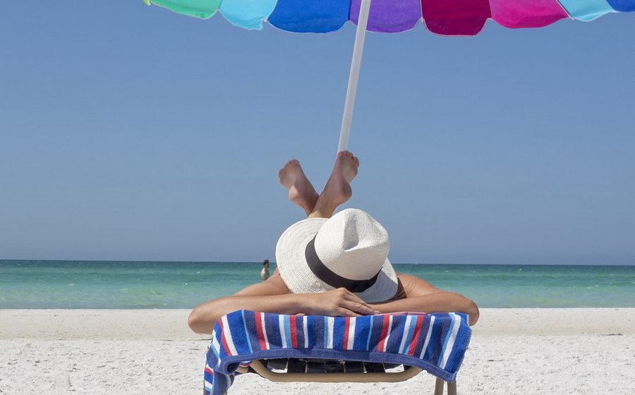 Право на отдых: могут ли отказать в отпуске, если работник хочет взять его не по графику?