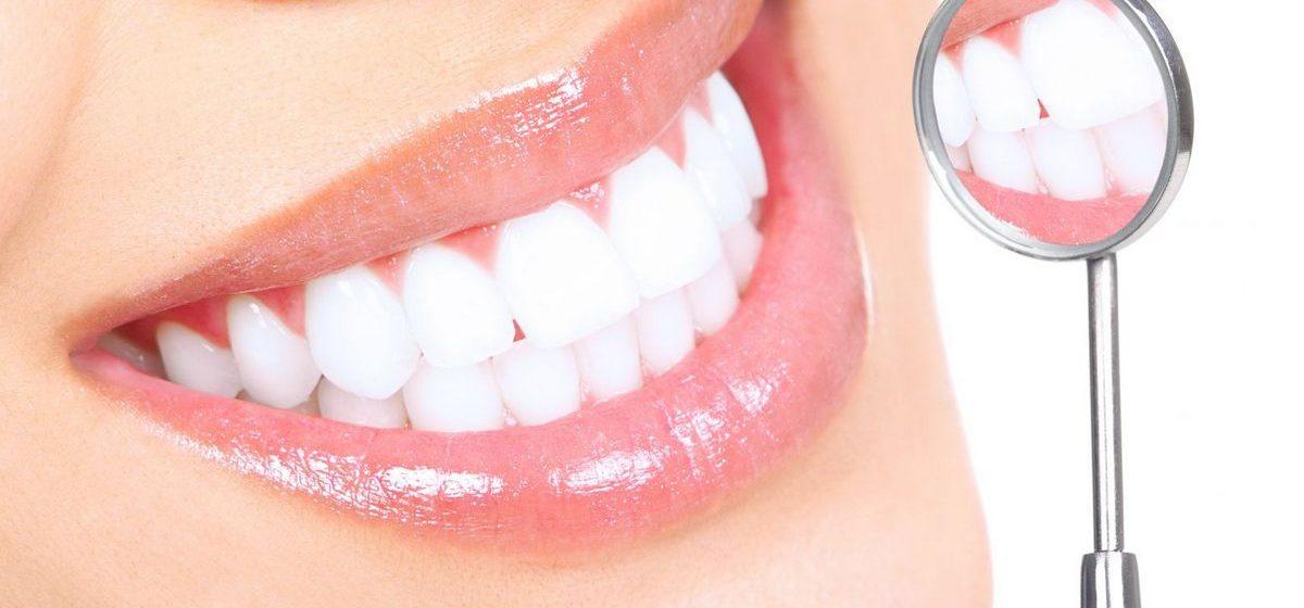 Как отбелить зубы в домашних условиях: пять эффективных способов